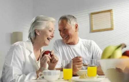 将要进入冬天老年人需要注意的养生问题详解-养生法典