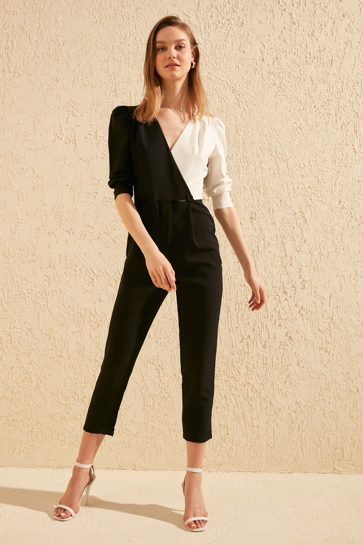 Trendyol Double Breasted Collar Jumpsuit TWOSS20TU0057