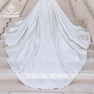 Image 4 - Luxury Beaded Princess Wedding Dress 2020 Sweetheart Crystal Appliques Satin Ball Gown Bridal Swanskirt F306 Vestido de noiva