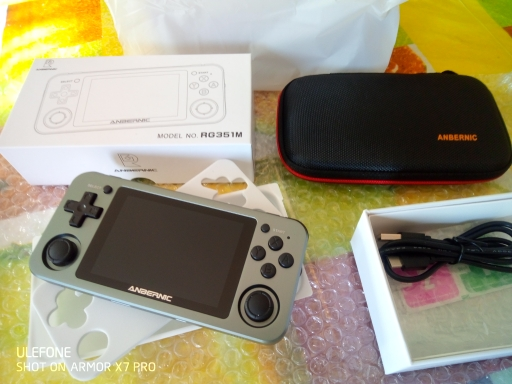 ANBERNIC RG351M New Version Wifi PS1 Retro GAME 2400 GAMES 64G Games RG351P -Upgrade Version RK3326 N64 Pocket Game Player 351M photo review