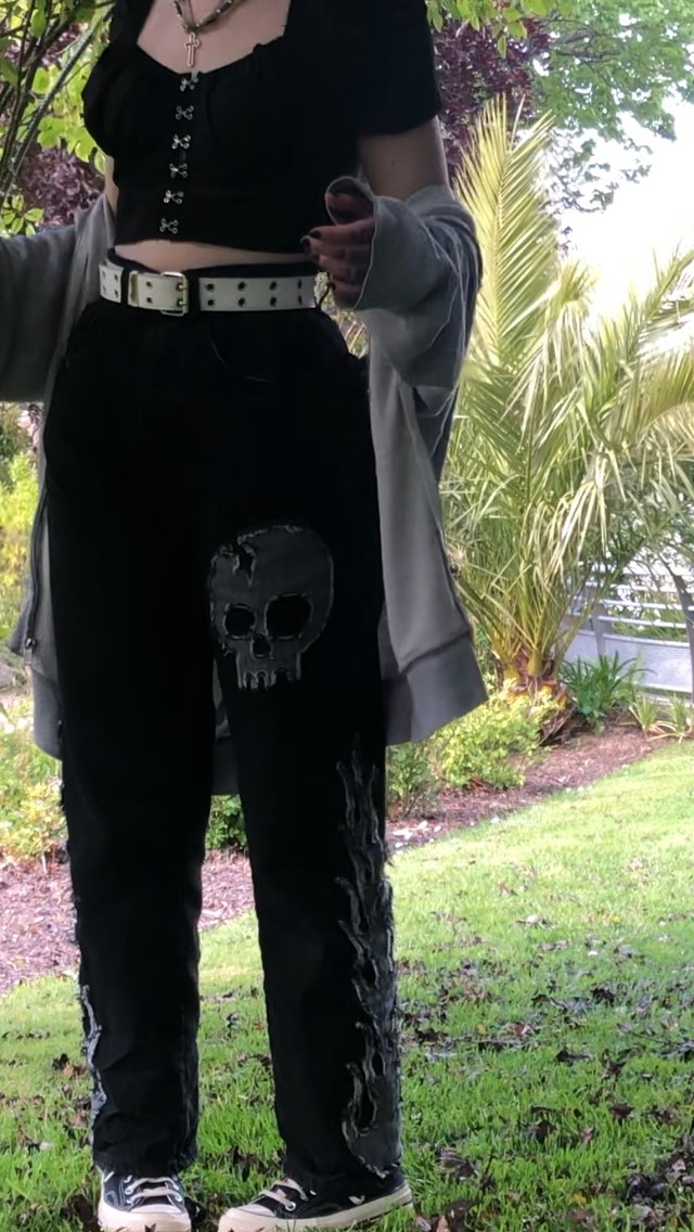 Egirl Harajuku Goth Jeans with skull and flame decor photo review