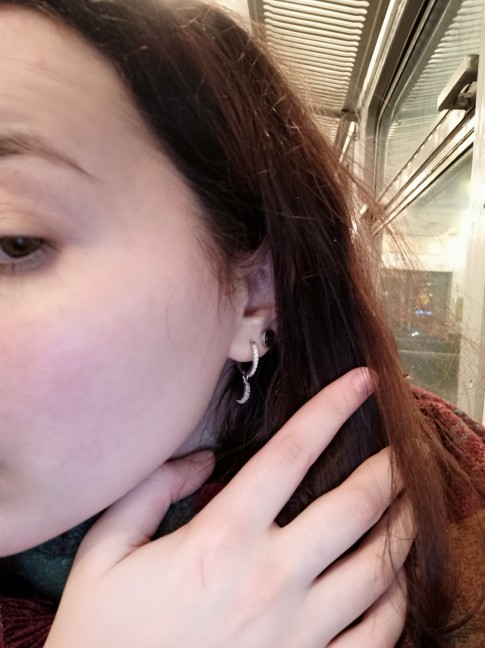 New Fashion Shiny cubic zircon Star And Moon Earrings Good Quality Hoop Earrings For Women Girls Korean Jewelry 2021 photo review