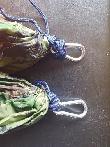 -- Hanging Hanging Portátil
