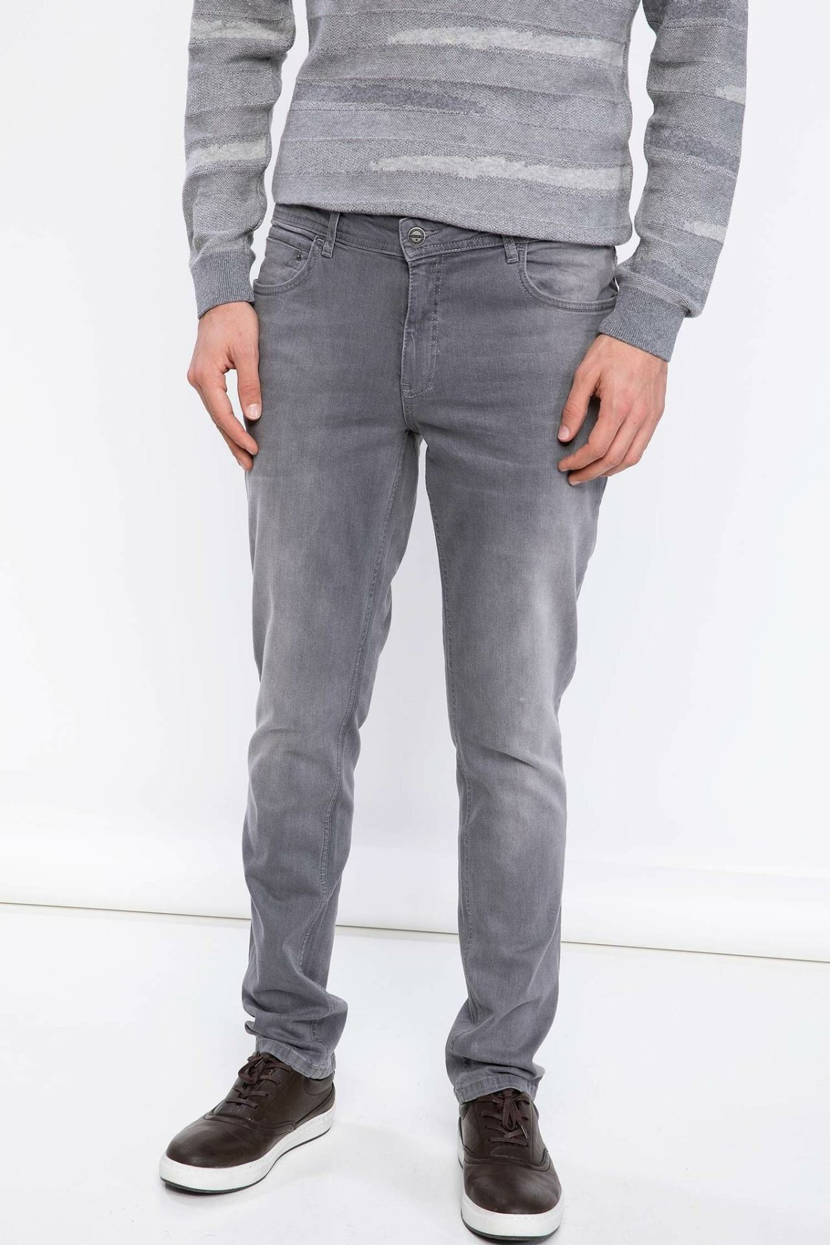 DeFacto Man Light Grey Denim Jeans Men Mid-waist Straight Denim Jeans Casual Long Denim Pants BottomsTrousers-J8747AZ18WN