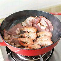 #太太乐鲜鸡汁芝麻香油#大虾培根粉丝煲的做法图解3