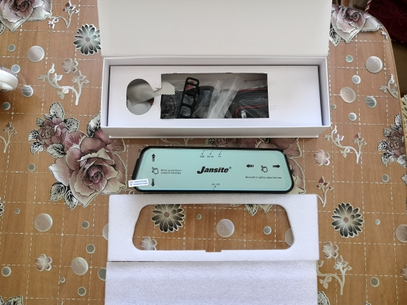 Mirror Design Front and Rear Dash Cameras Set photo review