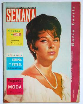 Week magazine N ° 1305. 23 February 1965. Poster central Football Valencia C.F.