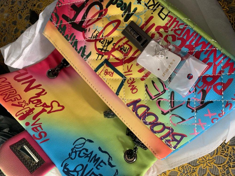 Women'S Bag New Color Graffiti Printing Shoulder Bag Fashion Travel Bag Luxury Chain Messenger Bag photo review