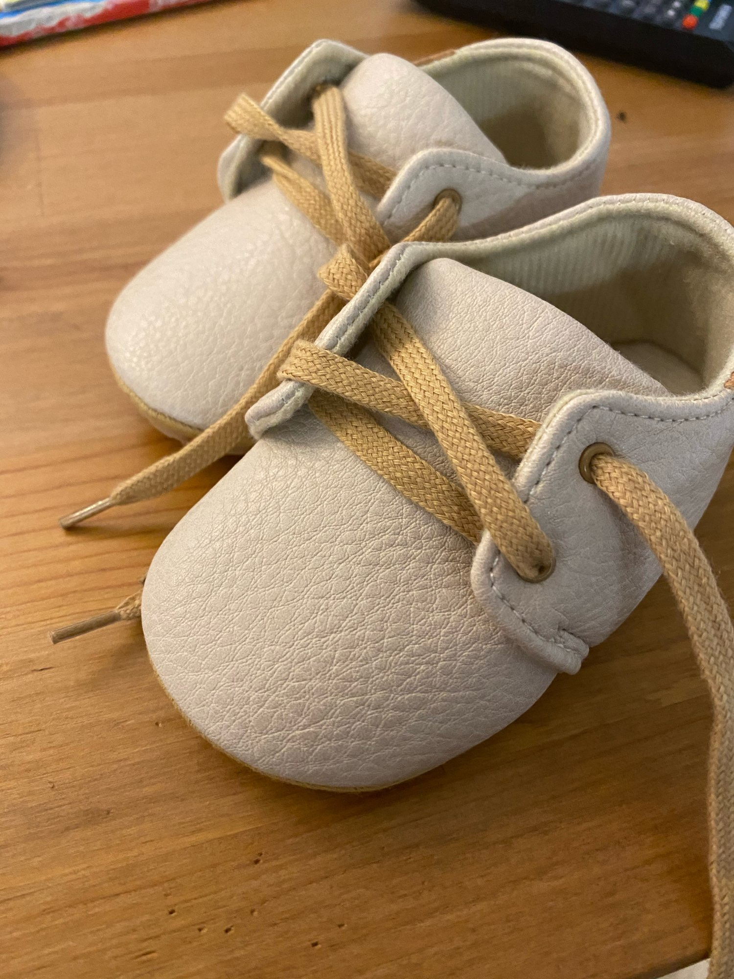 New Step Up Retro Leather Anti-Slip First Walker baby Shoes photo review
