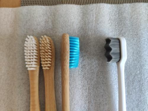 Escova de dentes Ultra Macia Tooth CleanSoft photo review
