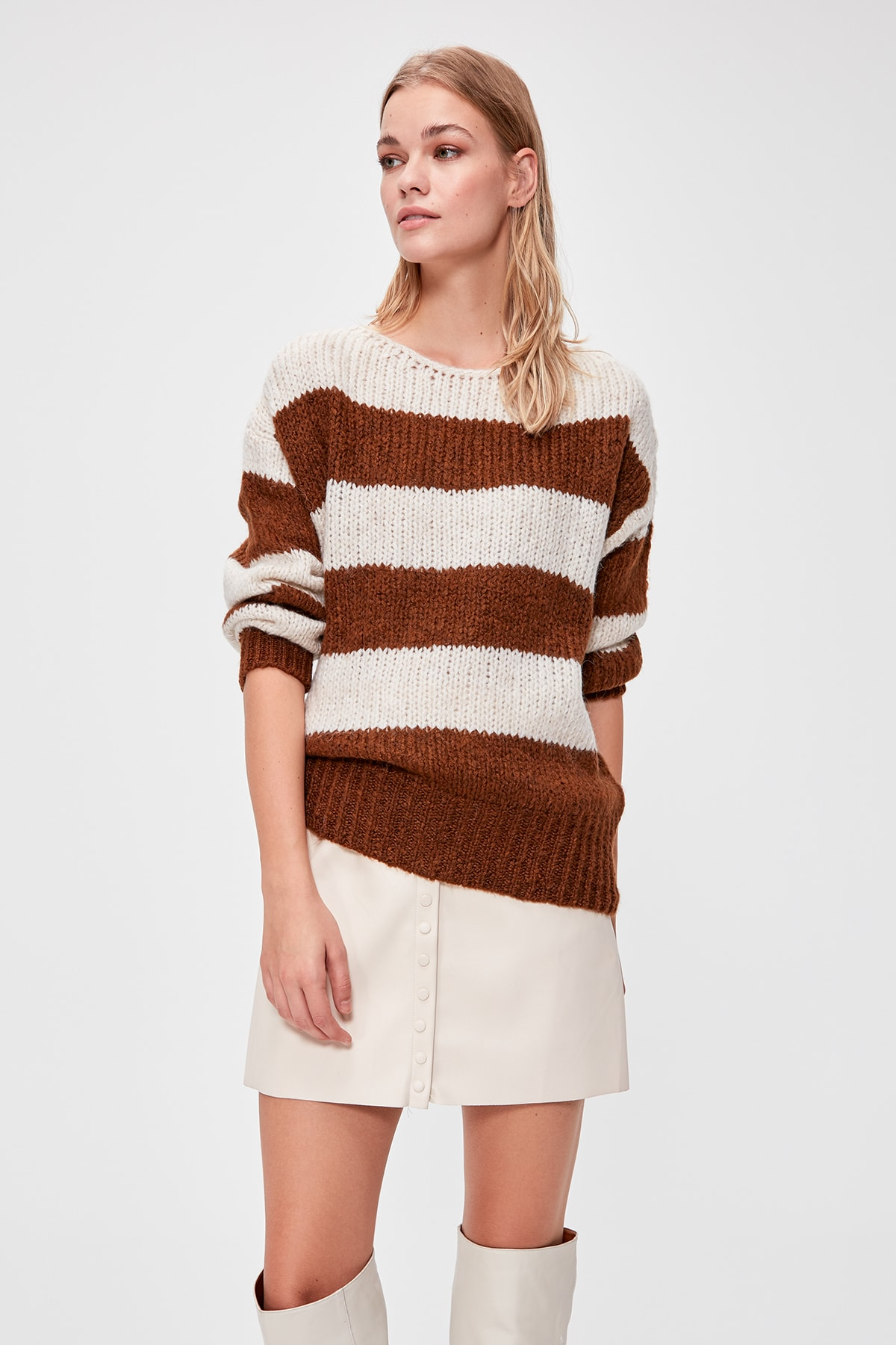 Trendyol With Color Block Sweater Pullover TWOAW20KZ1083