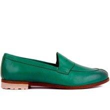 حذاء كاجوال نسائي من الجلد الطبيعي من سيلي ليكرز