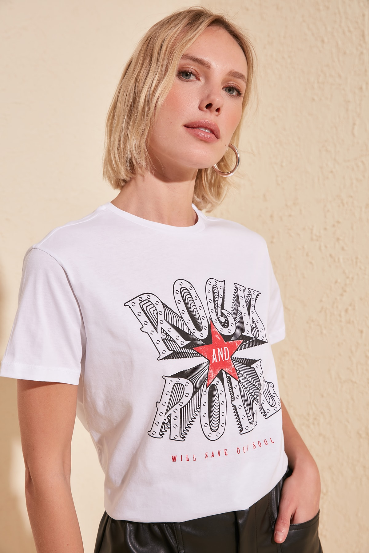 Trendyol Printed Semifitted Knitted T-Shirt TWOSS20TS0563