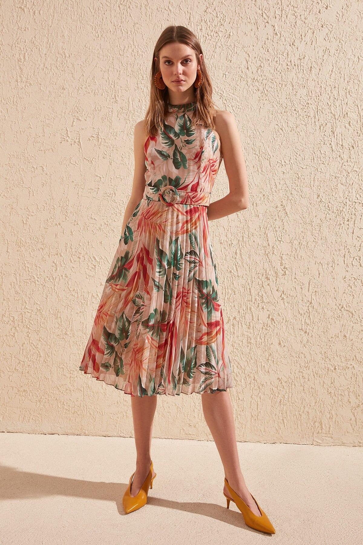 Trendyol Arched Patterned Dress TWOSS20EL1341