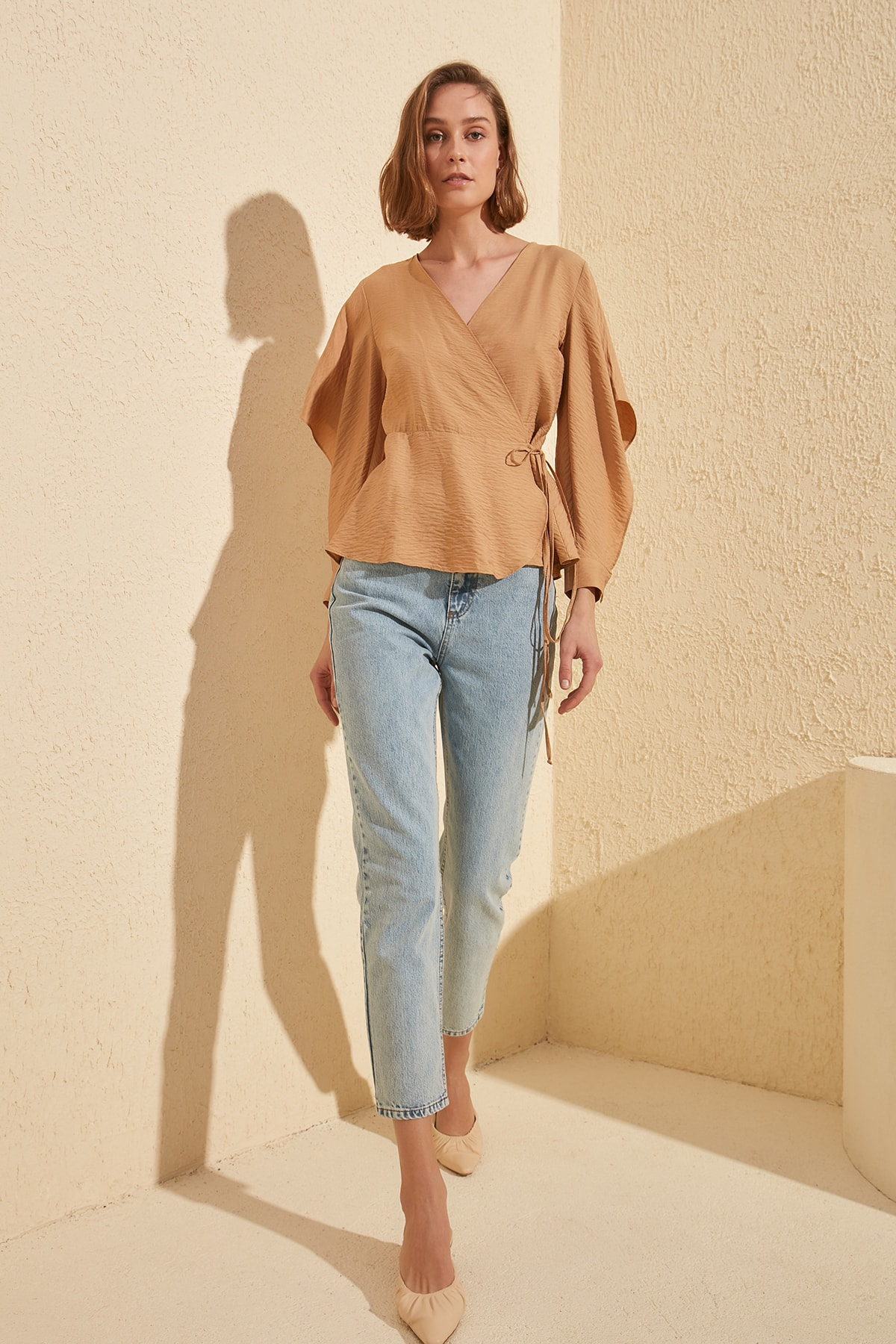 Trendyol-Flushing High Bel Mom Jeans TWOSS20JE0162