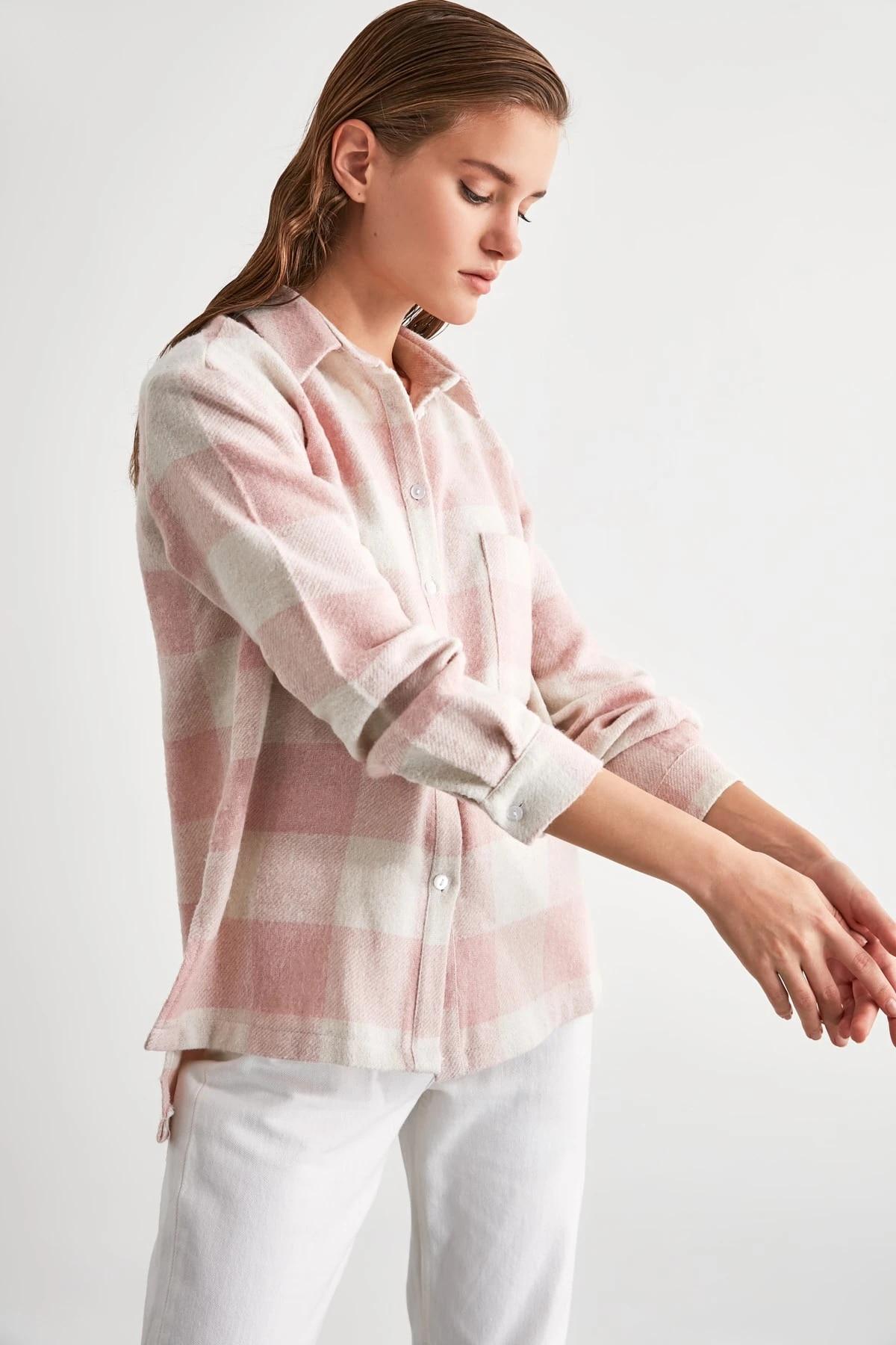 Рубашка с карманами TWOAW21GO0321