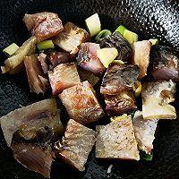 美食记之十八:家常烧瓦块咸鱼的做法图解5