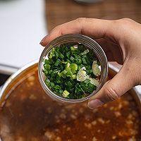 泰国美食酸辣猪肉沫汤的做法图解10