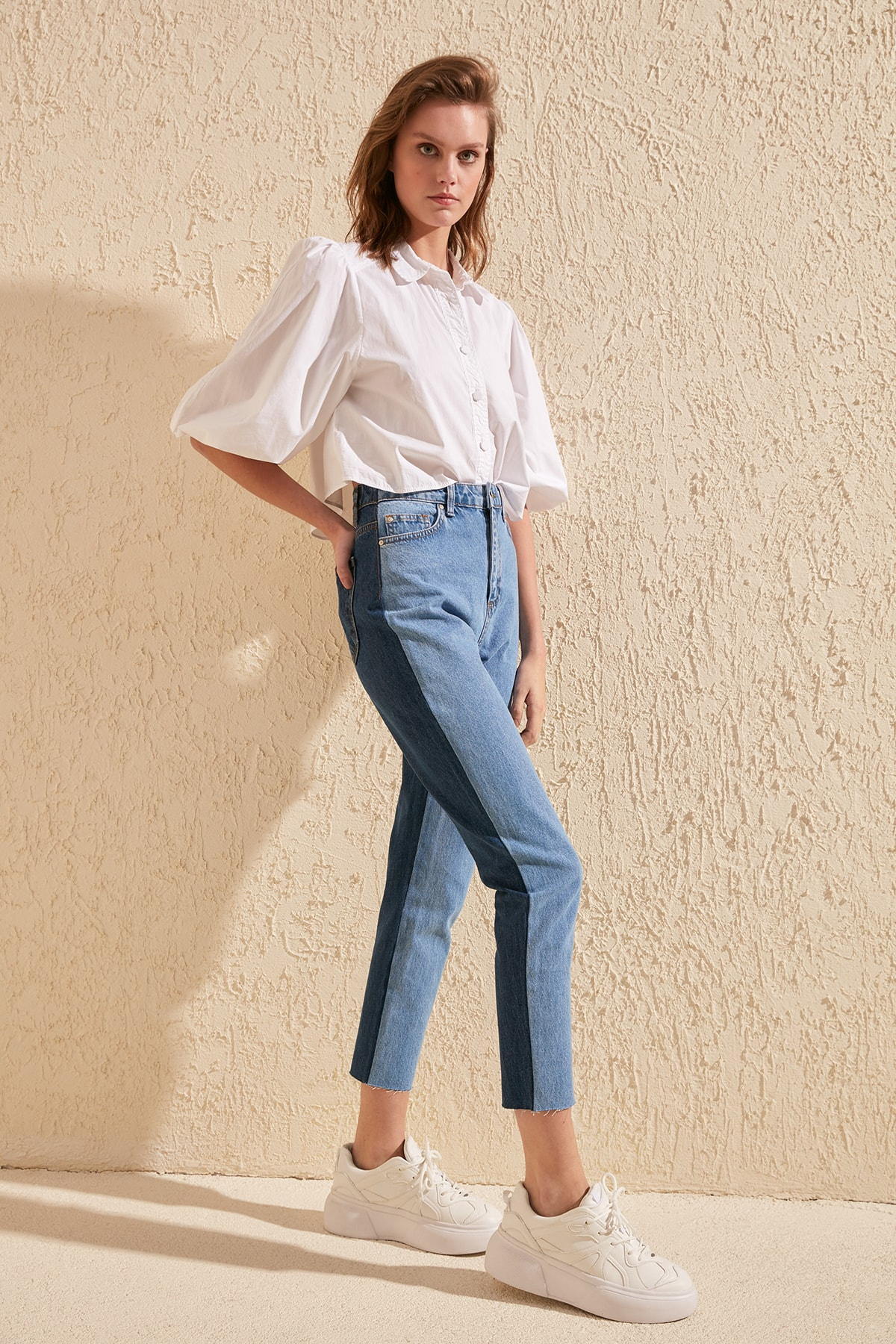Trendyol With Color Block High Bel Mom Jeans TWOSS20JE0135