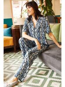 Ola Women Navy Blue Snake Pattern Viscose Pajamas set TKM-19000055