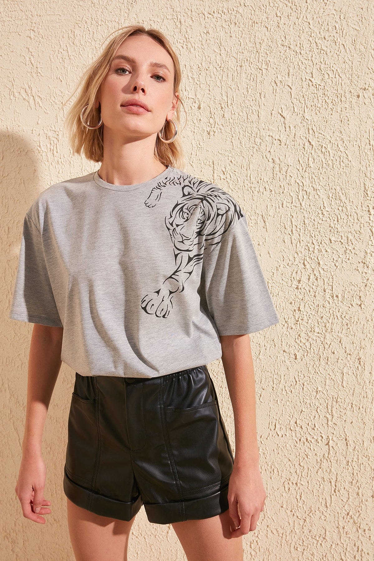 Trendyol Printed Boyfriend Knitted T-Shirt TWOSS20TS0707