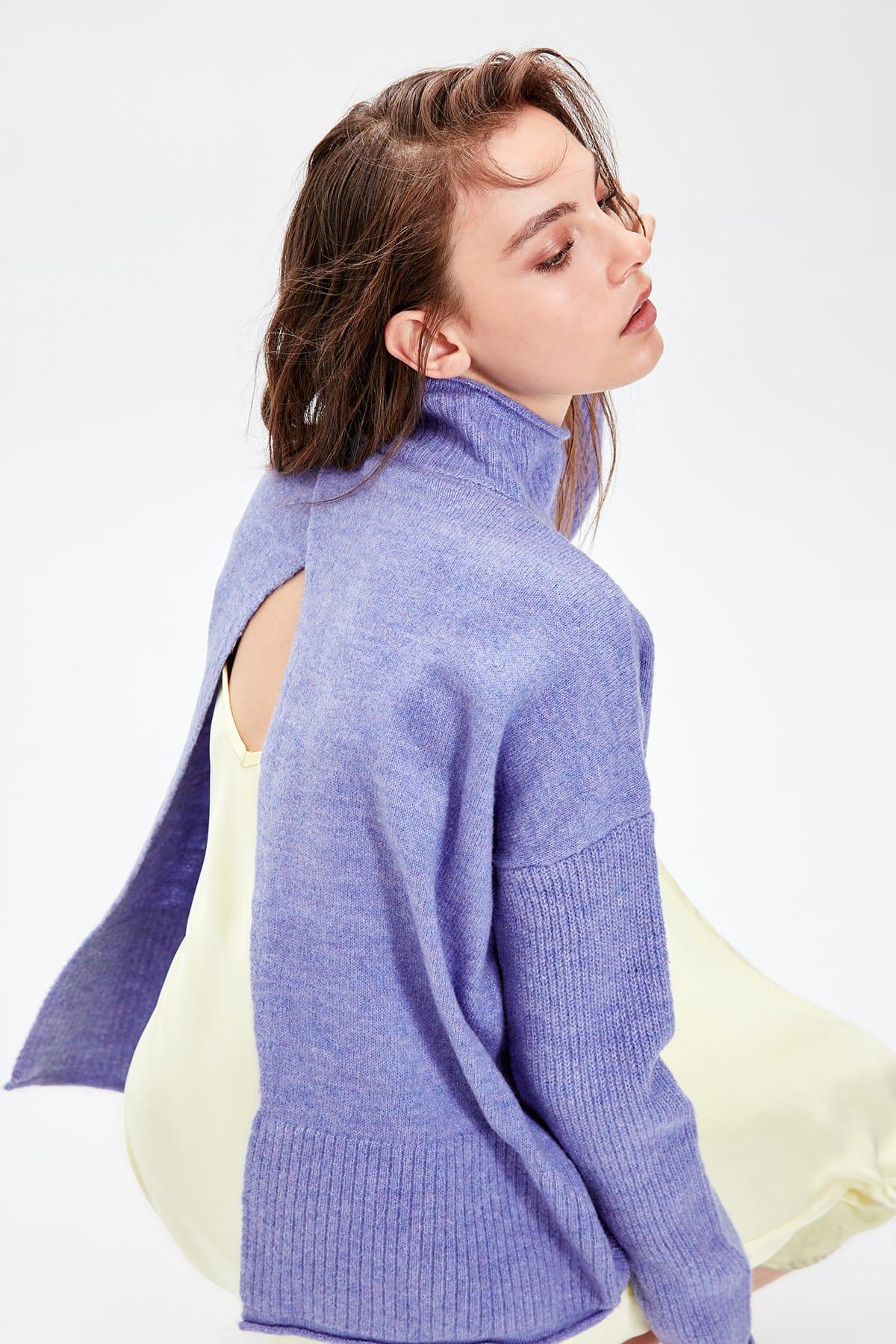 Trendyol WOMEN-Purple Asymmetrical Knitwear Sweater TWOAW20NK0008