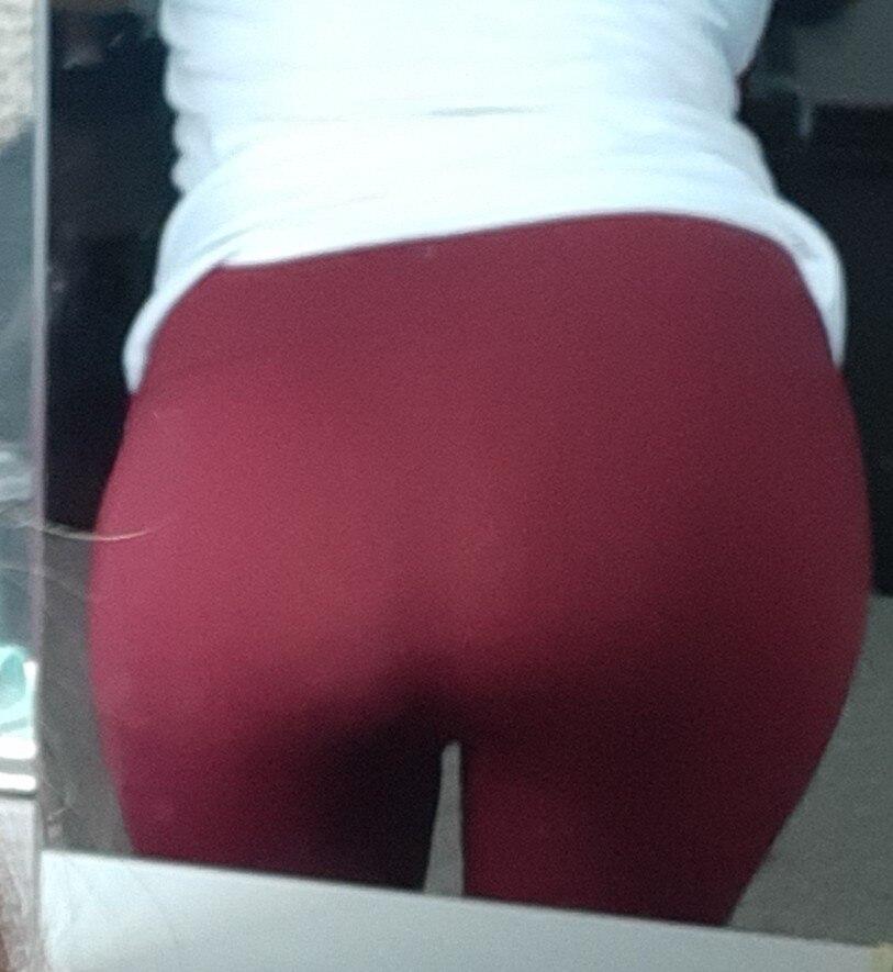 -- Calças Calças Esportes