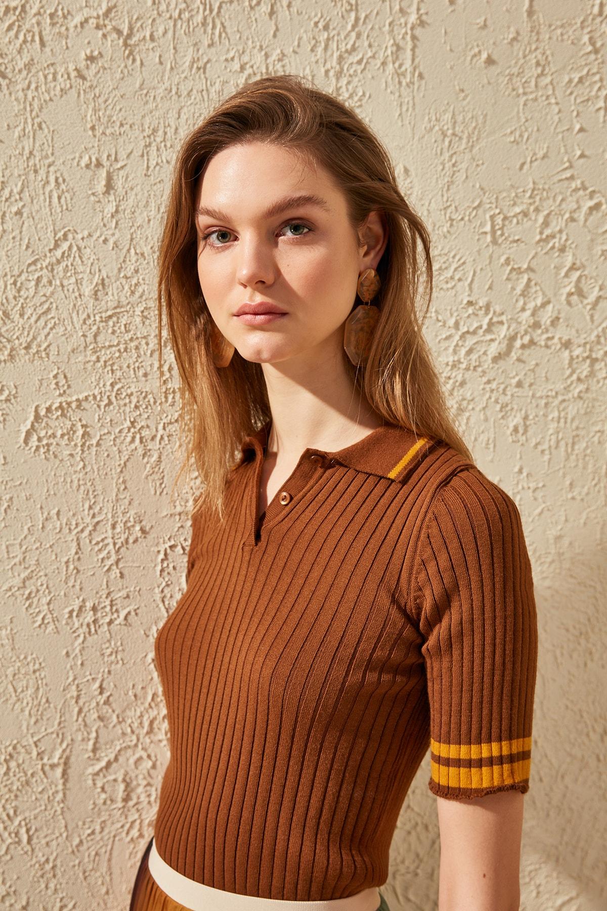 Trendyol Polo Collar Knitwear Sweater TWOSS20KZ0028