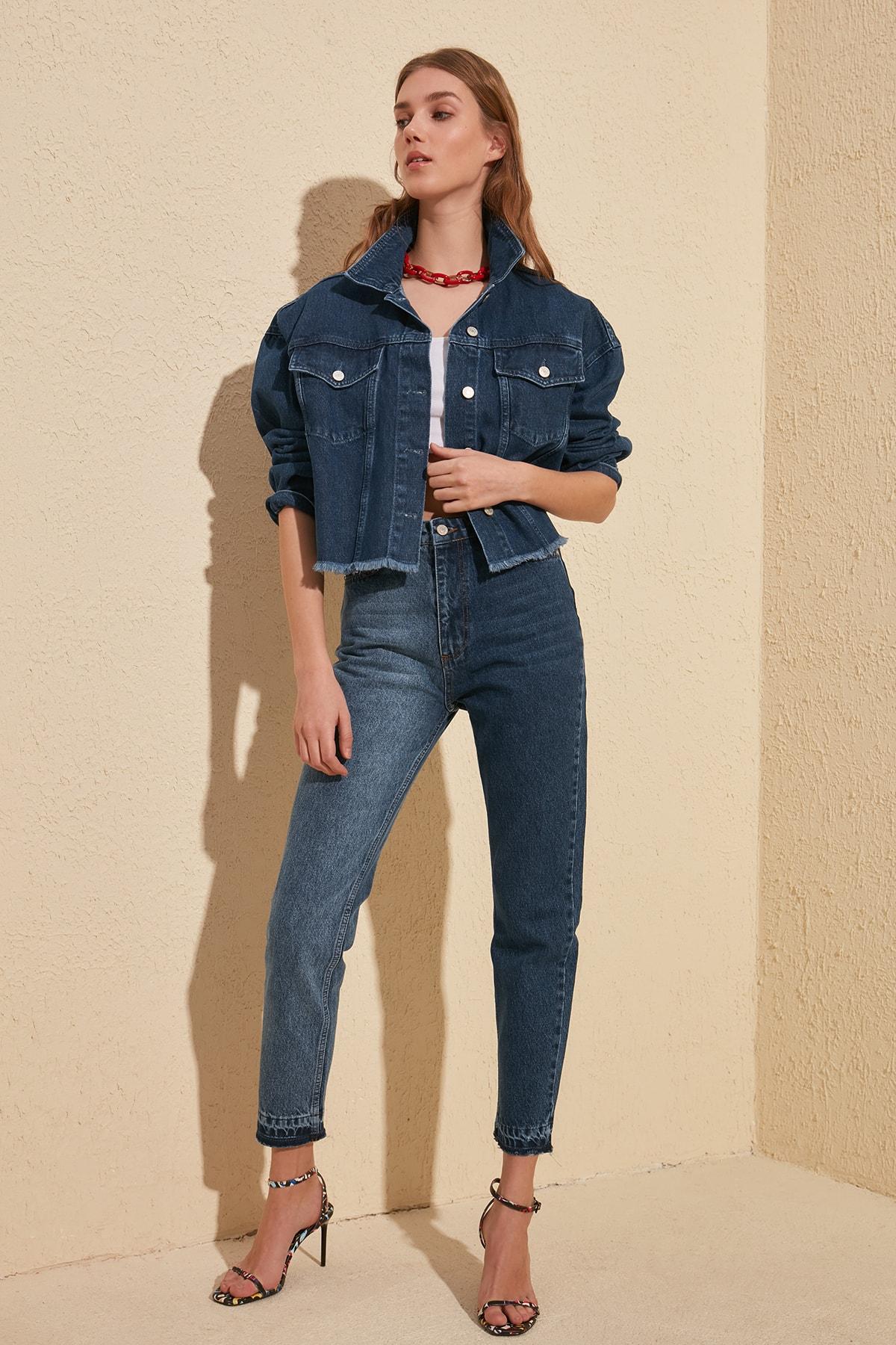 Trendyol With Color Block Trotting Detailed High Bel Mom Jeans TWOSS20JE0121