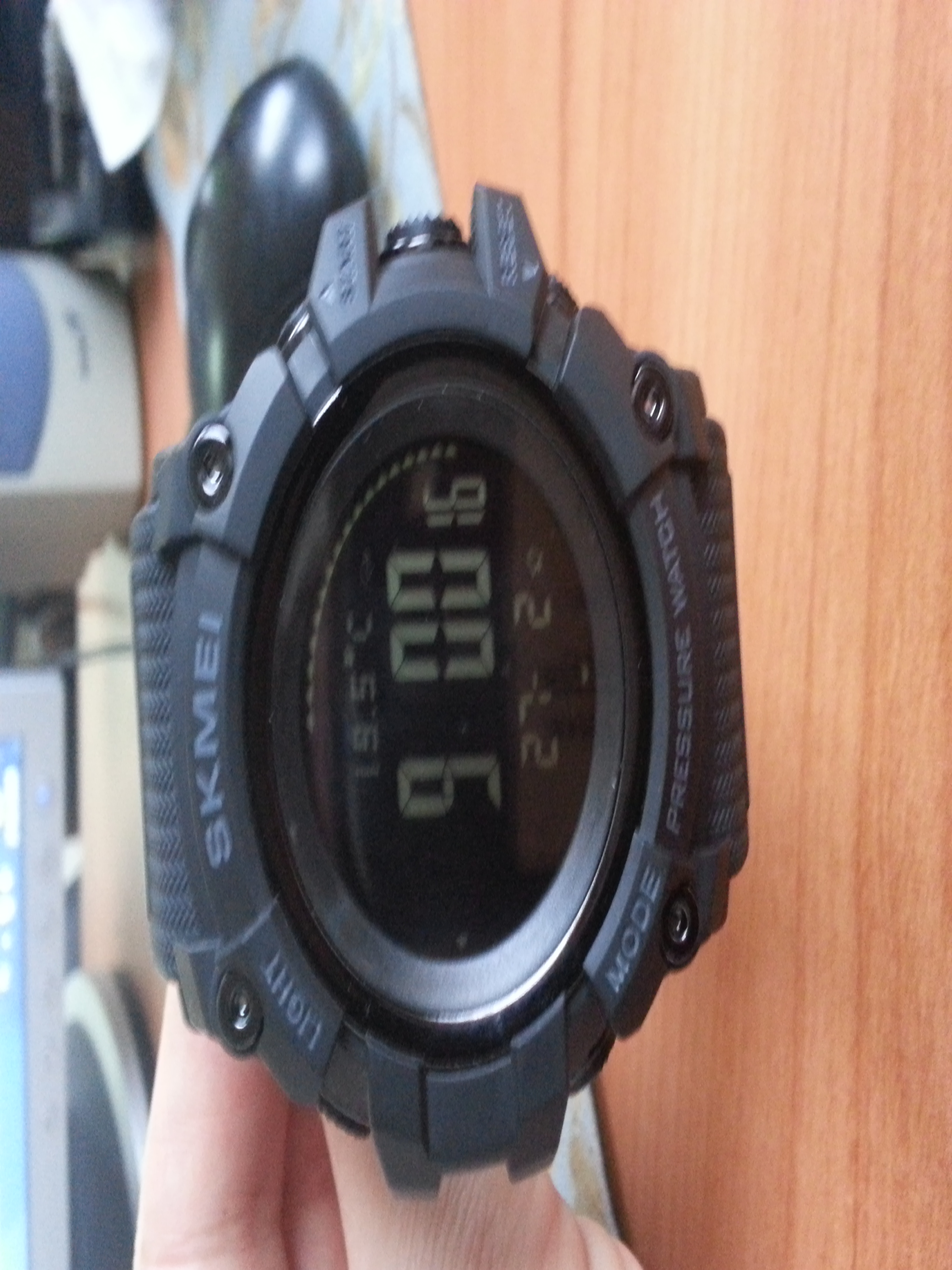 -- Relógio Digital Altímetro