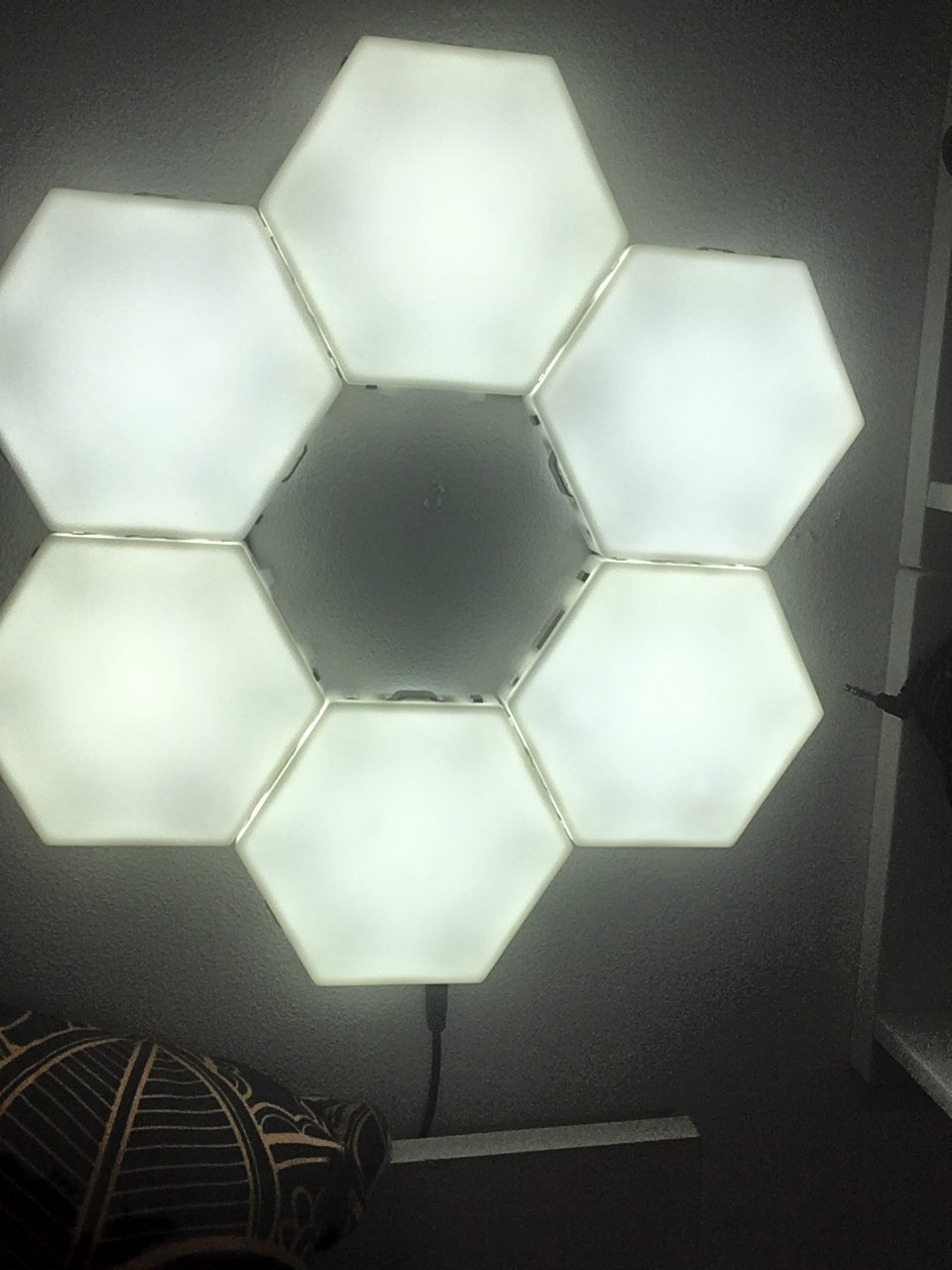Touch Sensitive LED Light - Visual Stimulation - brightautism photo review