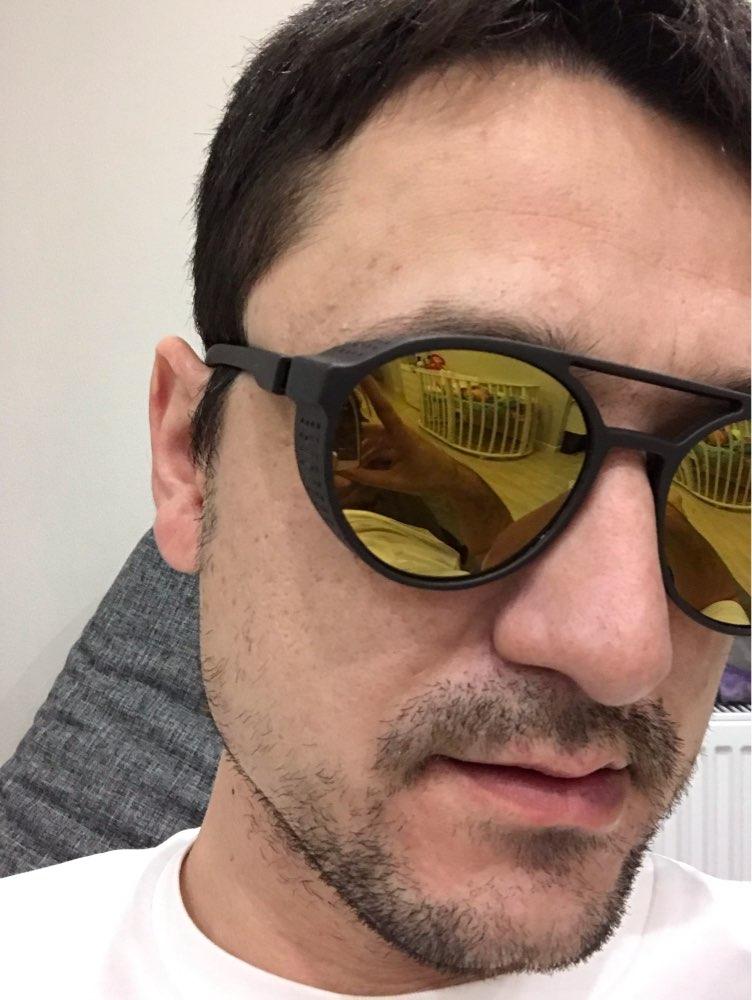 -- Keithion Rodada Óculos