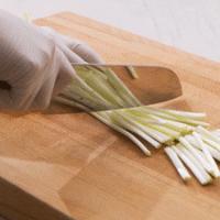 翡翠腐皮卷 | 香脆清爽的做法图解5
