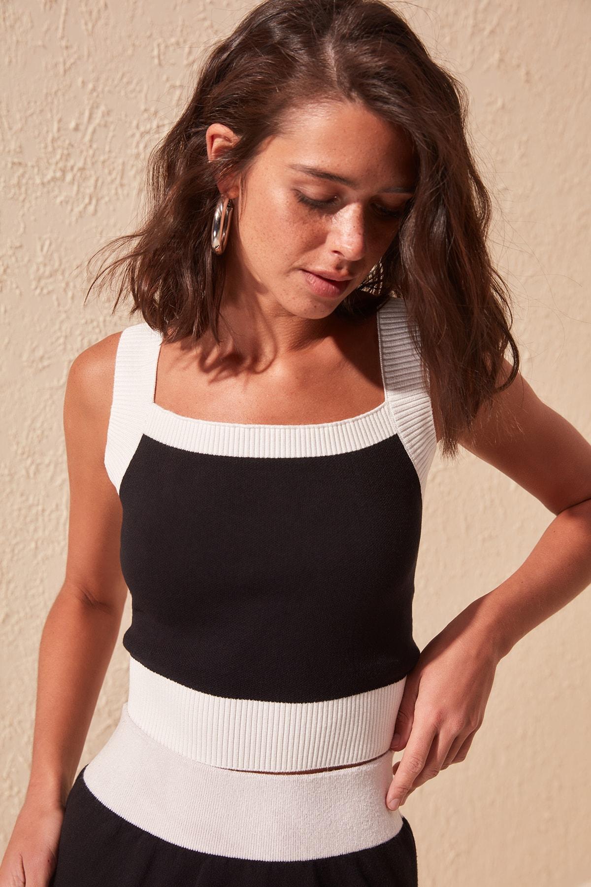 Trendyol With Color Block Crop Knitwear Bluz TWOSS20BZ0781