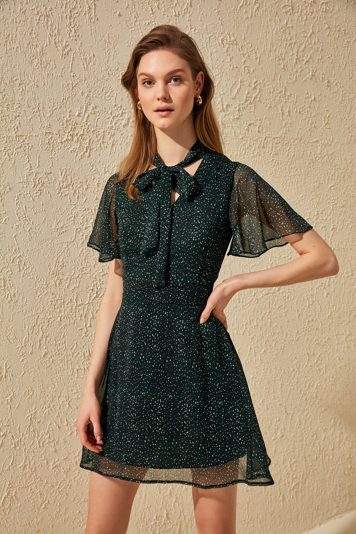 Trendyol Scarf Collar Print Dress TWOSS20EL1213
