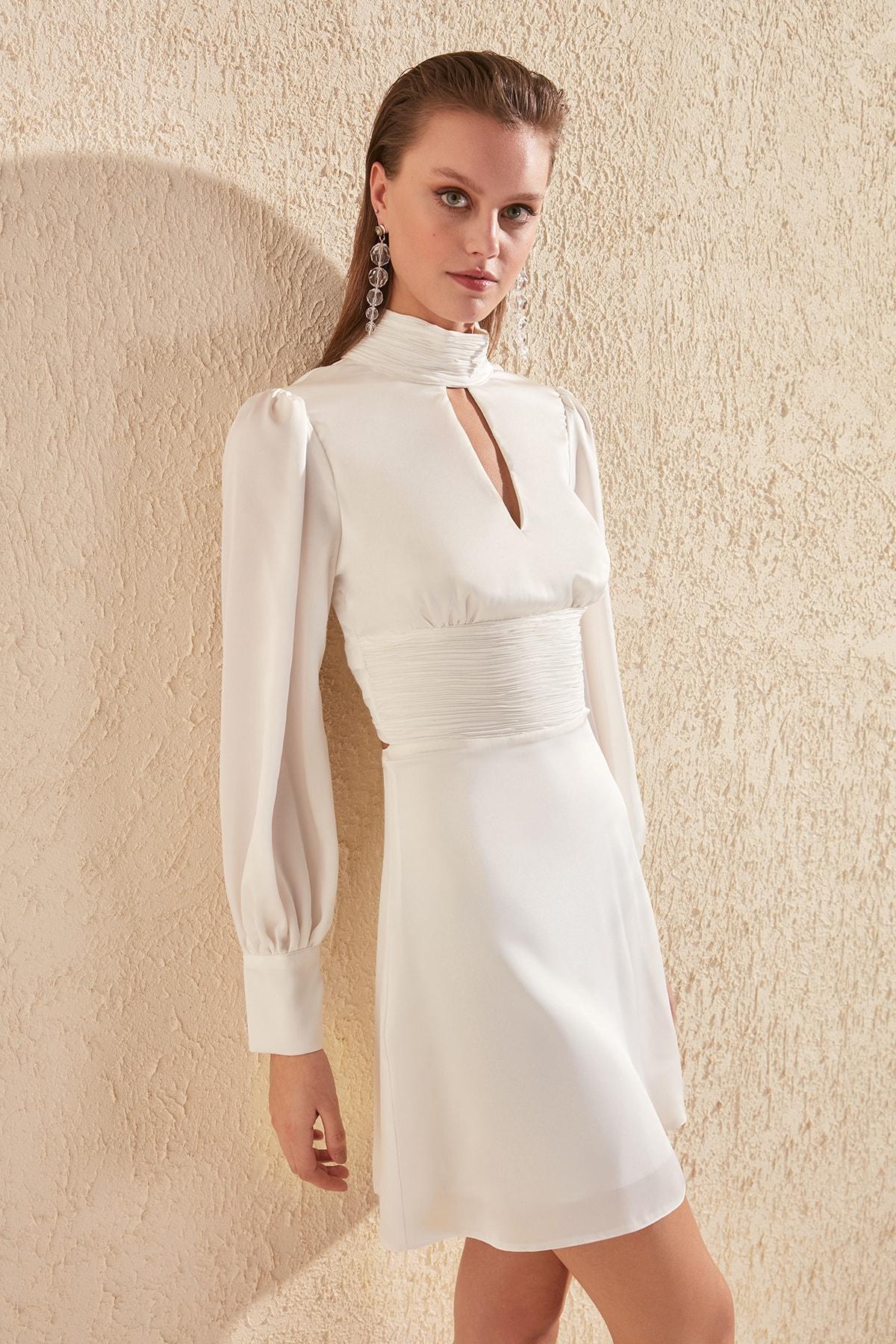 Trendyol Sleeve Detail Dress TPRSS20EL1149