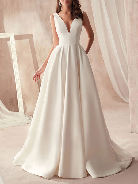 Vintage Wedding Dresses 2020 A Line V Neck Sleeveless Floor Length Pleat Bridal Gowns With Train