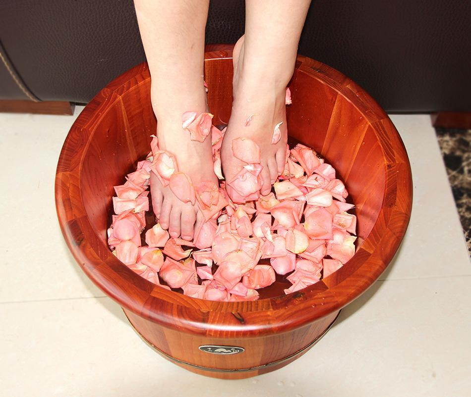 泡脚和洗澡冲突吗 泡完脚能够立刻洗澡吗-养生法典