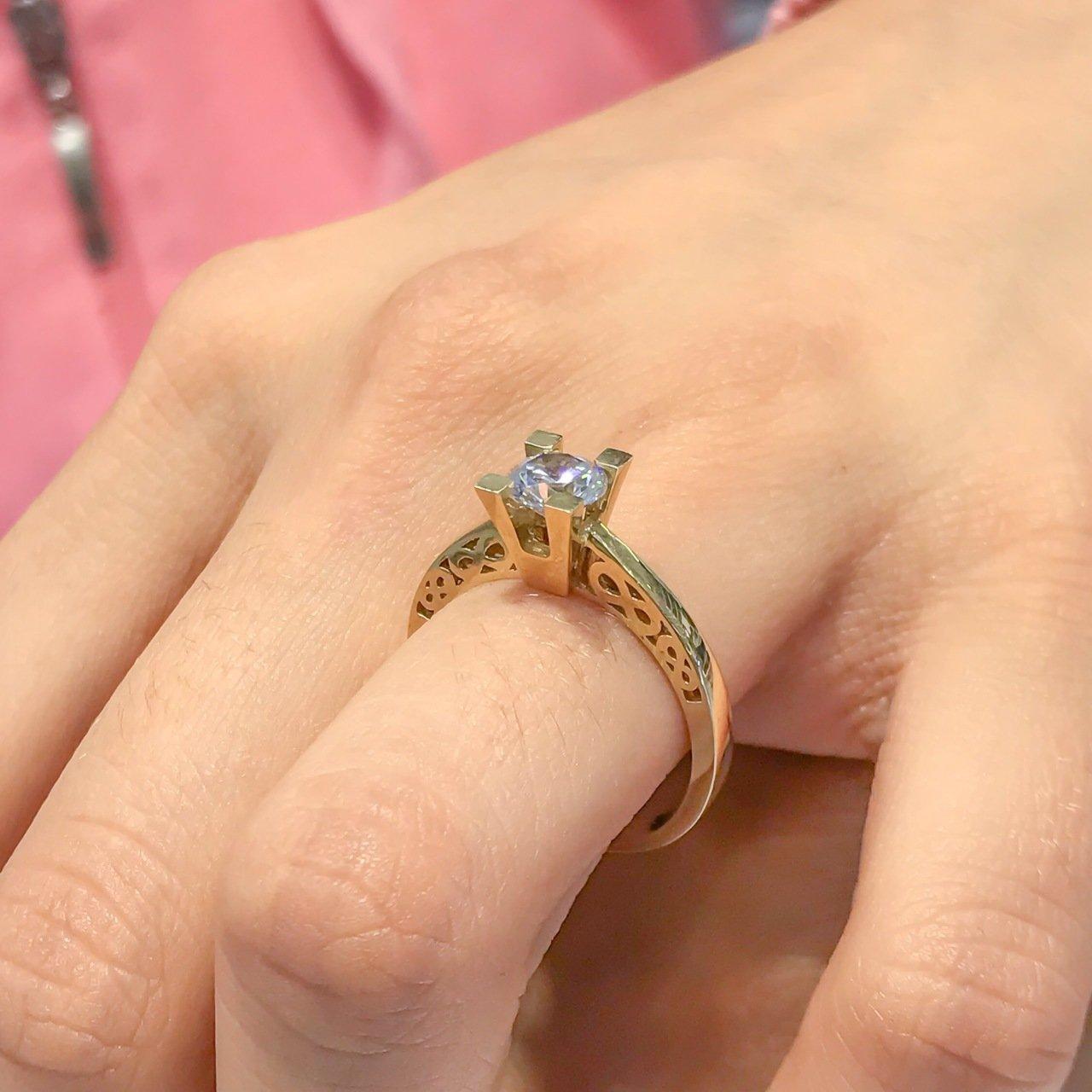 Diamond Model Infinity Design 6 Mm Engagement Gold Ring