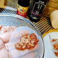 #太太乐鲜鸡汁芝麻香油#汤汁萝卜包肉卷的做法图解5