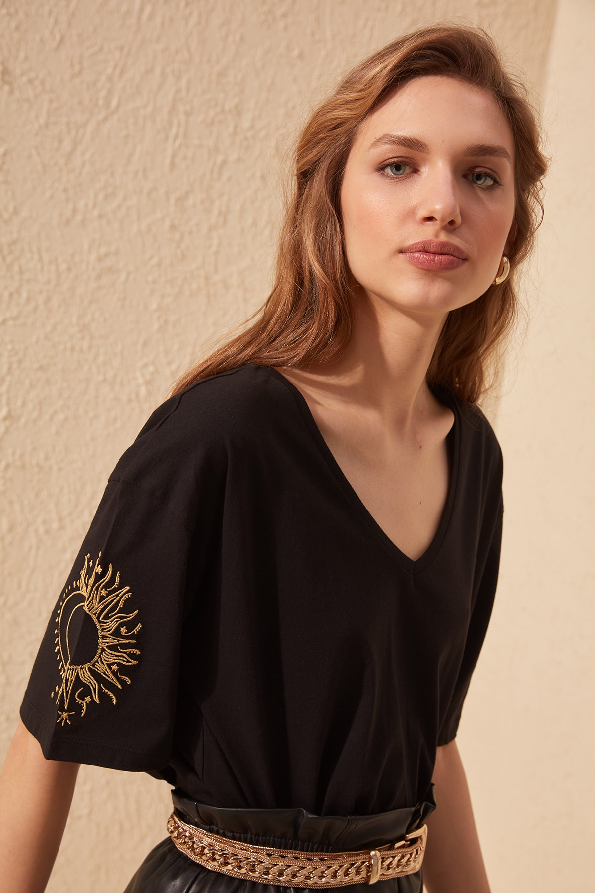 Trendyol Sleeve Embroidered Loose Mould Knitted T-Shirt TWOSS20TS0285