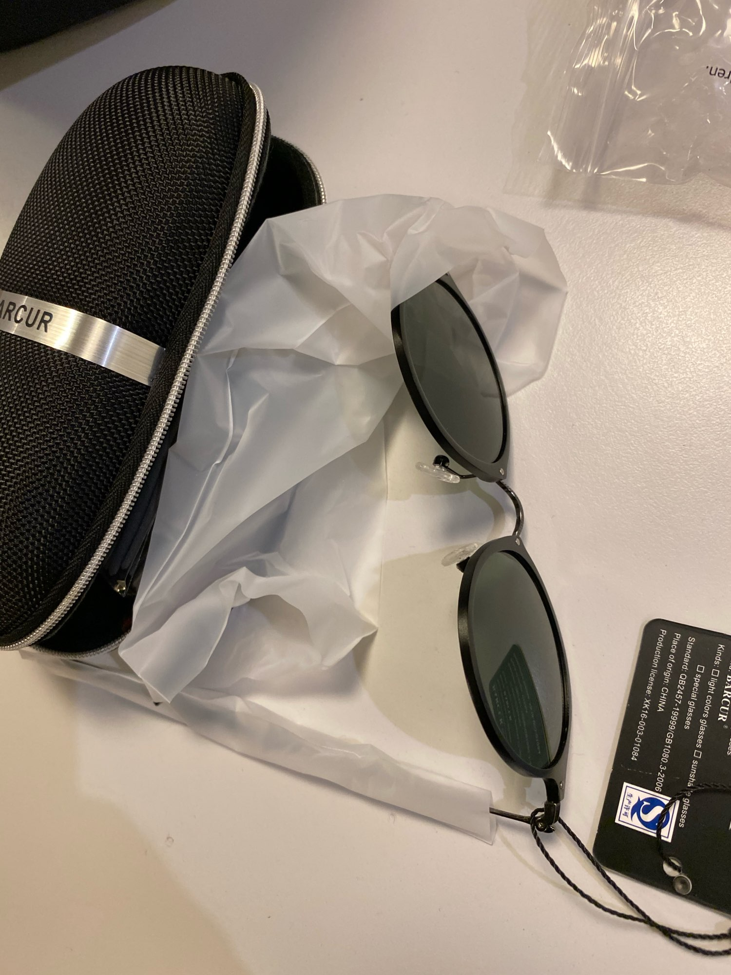 <strong>BARCUR Vintage</strong> - Aluminum Polarized Round Sunglasses For Women photo review