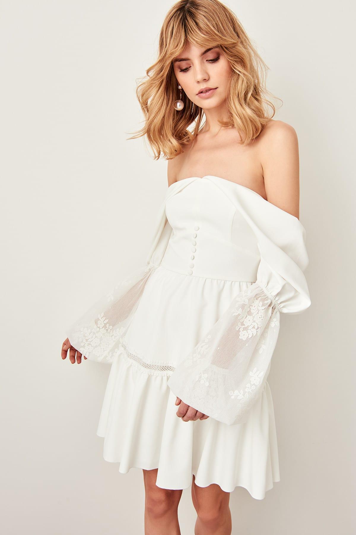 Trendyol Carmen Collar Dress TPRSS19BK0041