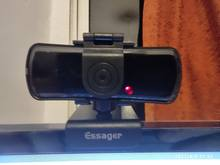 the product arrived on time. the image on the camera is not very good and keeps tracing th
