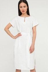 Finn flare élégante longueur de robe oversize juste au-dessus du genou, avec manches une-pièce coupées, collection été-2020