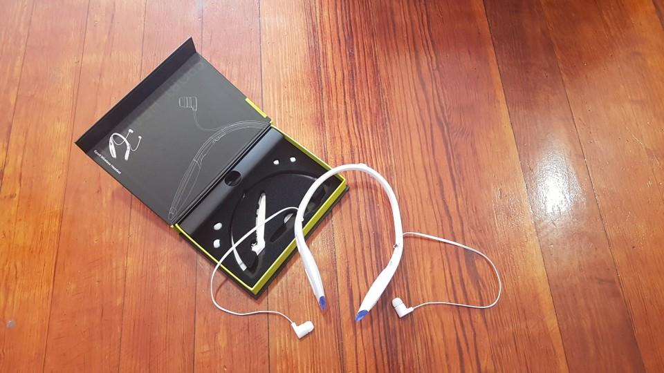 ZEALOT H1 Wireless Sport Headphones Waterproof FOLDABLE Portable Bluetooth Headset with Microphone Neck wear Stereo Earphone-in Phone Earphones & Headphones from Consumer Electronics on AliExpress