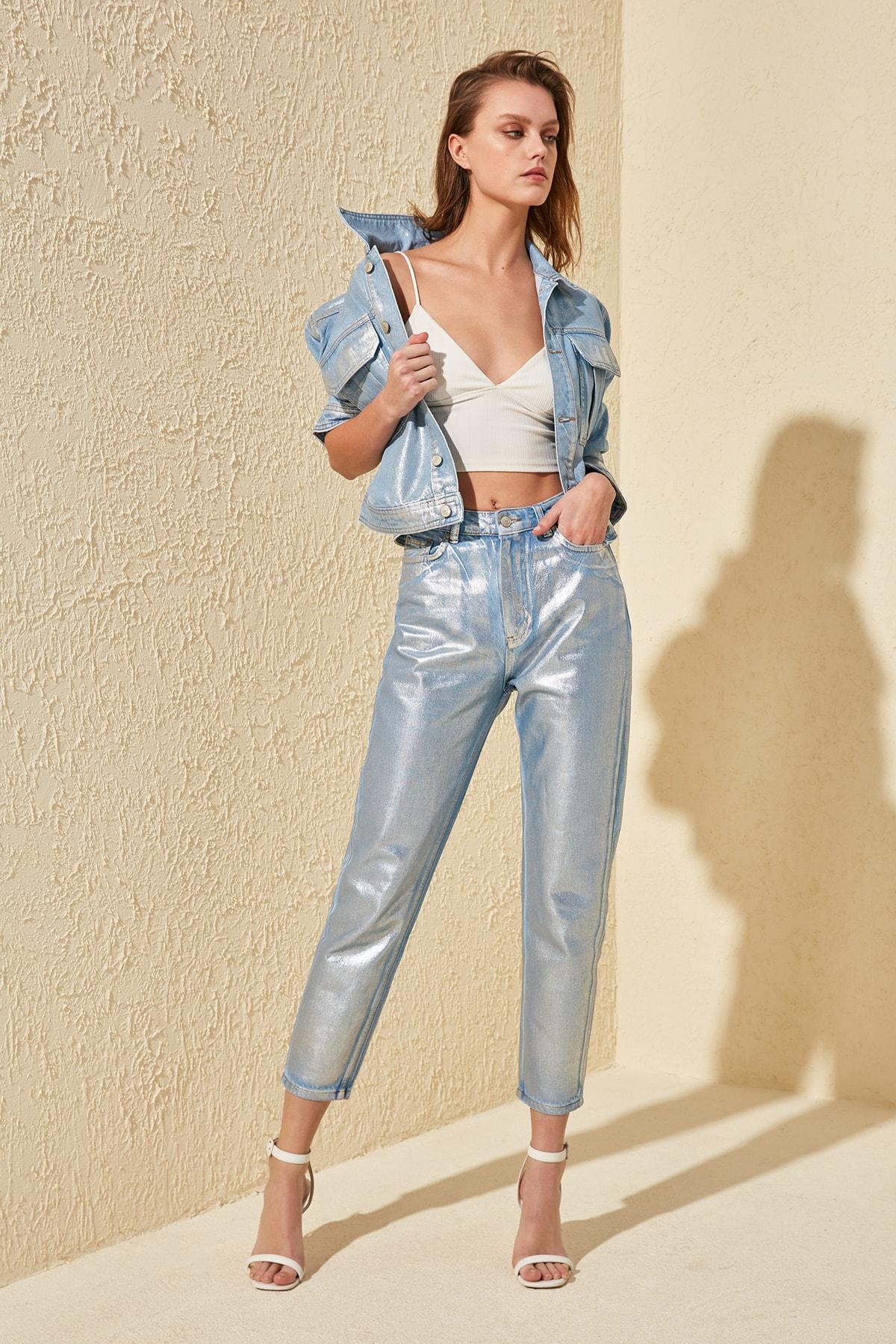 Trendyol Foil Printed High Waist Mom Jeans TWOSS20JE0066