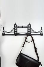 HouseART dekoracyjny wieszak na kurtki-metalowy wieszak ścienny-Tower Bridge hsrt249 tanie tanio TR (pochodzenie) Meble do salonu Meble do domu