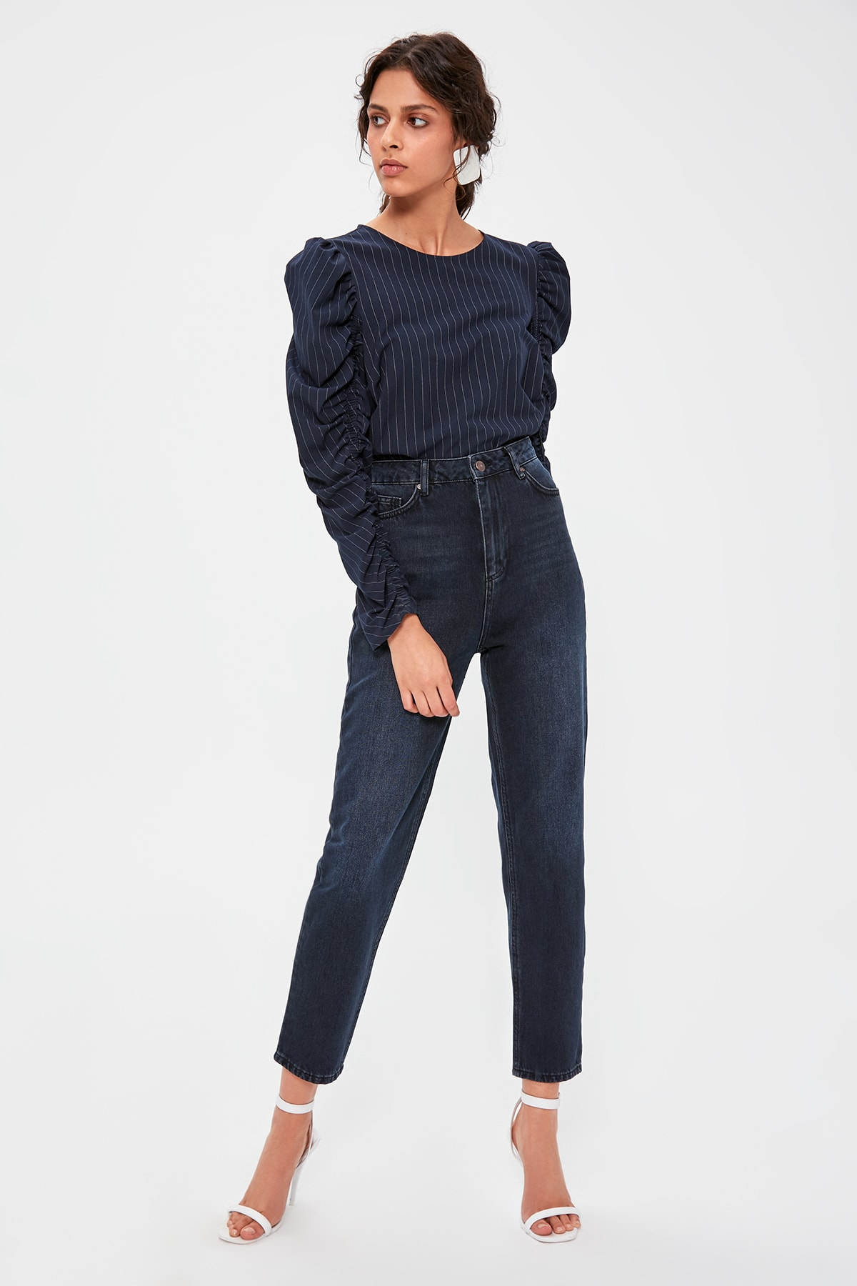 Trendyol Dark Blue High Waist Mom Jeans TWOAW20JE0180