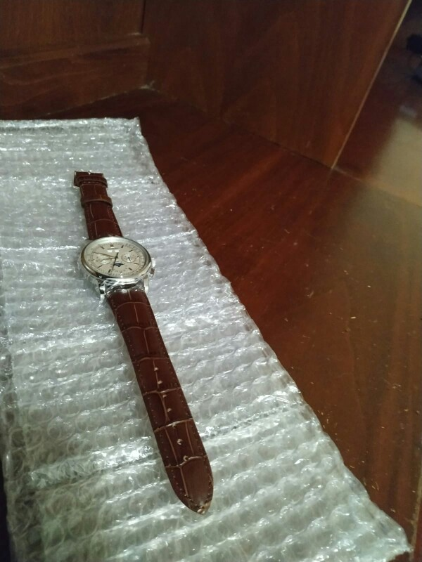 -- Relógios Superior Debert